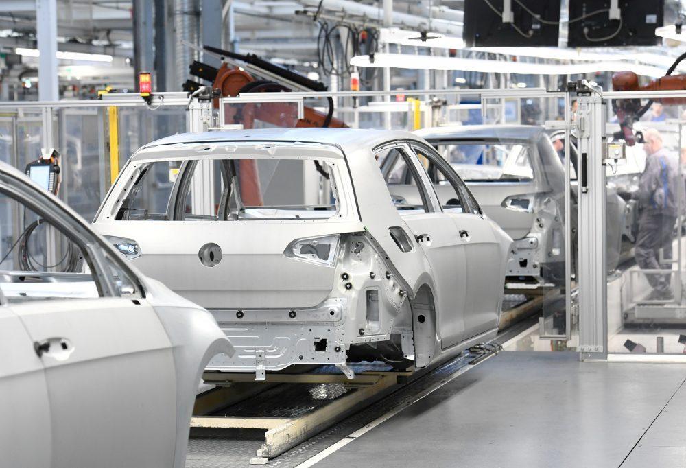 Γιατί δεν στήνουν αυτοκινητοβιομηχανίες στην Ελλάδα;