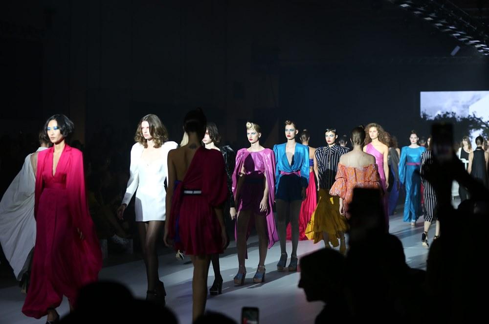 Stelios Koudounaris S/S 2020: Όλη η ελληνική showbiz σε ένα μοναδικό fashion show