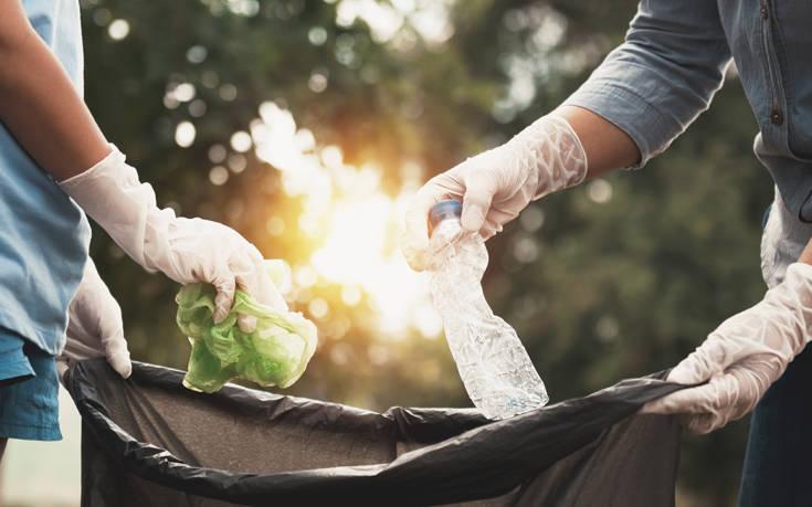 Η Βρετανία παίρνει πίσω τα σκουπίδια που «φόρτωσε» στη Μαλαισία