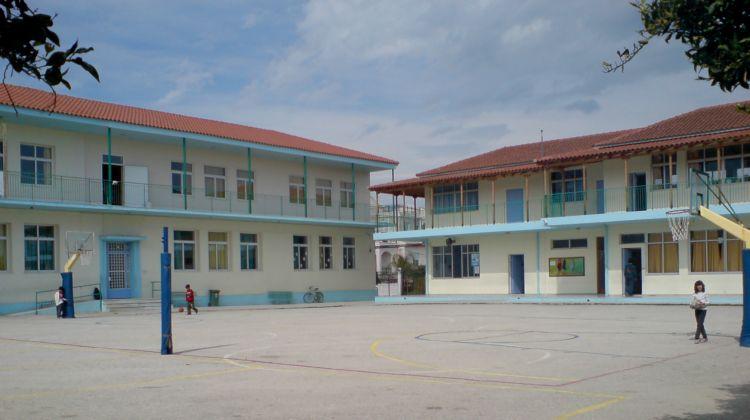 Νέο περιστατικό ξυλοδαρμού 15χρονου μαθητή σε σχολείο