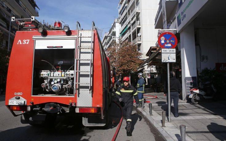 Ολοκληρώθηκε χωρίς προβλήματα η κατάσβεση πυρκαγιάς σε ταβέρνα στη Θεσσαλονίκη