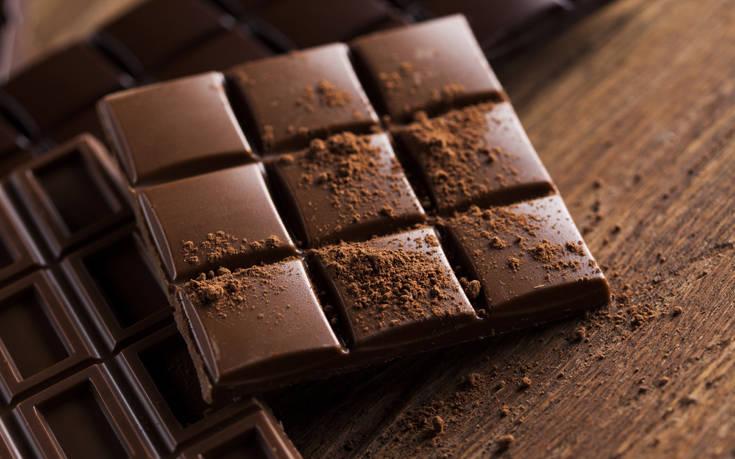 Γιατί πολλές φορές οι σοκολάτες ασπρίζουν