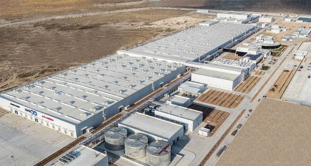 """Το """"έξυπνο"""" εργοστάσιο παραγωγής ελαστικών της Lassa"""