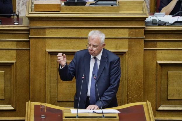 Στη Βουλή η κατάθεσή του Πικραμμένου για τη Novartis – Φέρεται να κατονόμασε πολιτικό πρόσωπο
