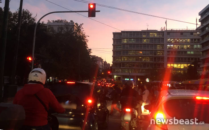 Κίνηση στους δρόμους: Δείτε ποιους δρόμους να αποφύγετε