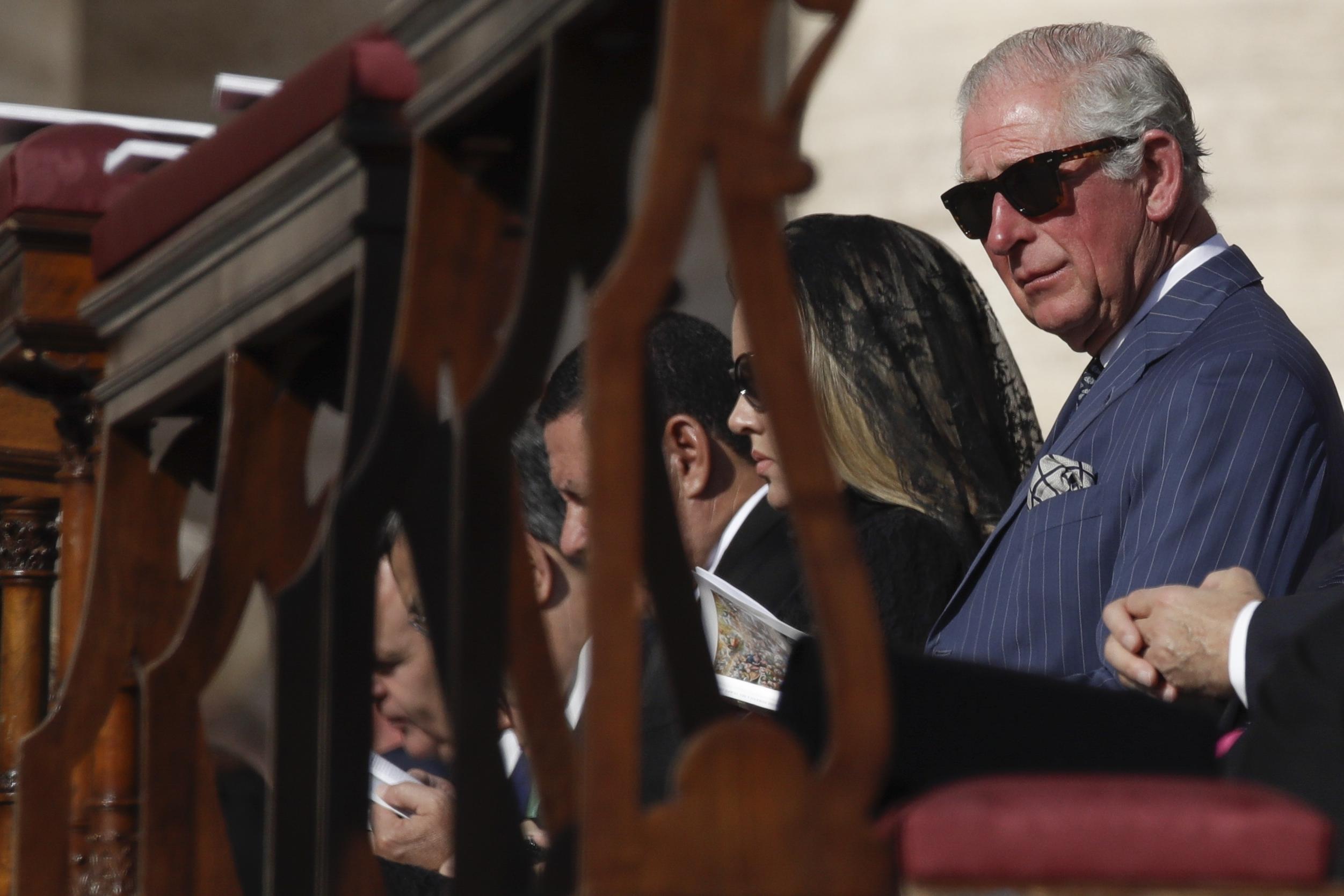 Ποιο μέλος της βασιλικής οικογένειας της Αγγλίας συνεργάζεται με το Net-A-Porter;