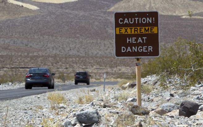 Αθωώθηκε καθηγητής που βοήθησε δύο μετανάστες στην έρημο της Αριζόνας