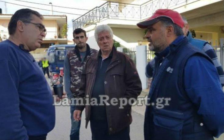 Λαμία: Άνδρας έφτυσε, έβρισε και χτύπησε τον πρόεδρο Ανθήλης