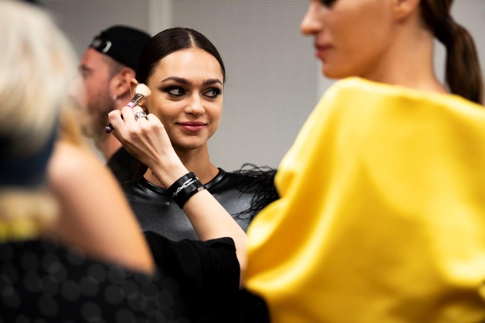 Calzedonia Legshow 2019: Όσα είδαμε στο πιο cool fashion show