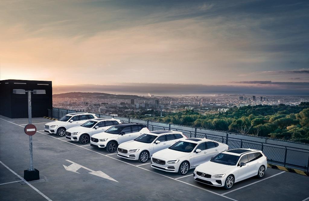 Η Volvo επιδοτεί για 12 μήνες την οδήγηση με ηλεκτρική ενέργεια