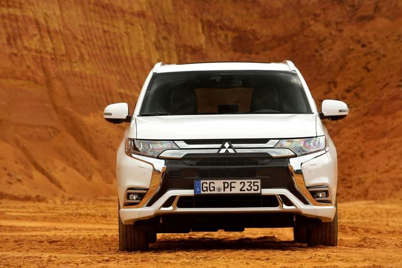 Mitsubishi Outlander PHEV- Μηδενικός Φόρος για εταιρικούς χρήστες