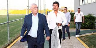 """Η ΑΕΚ βιάζεται να """"κλείσει"""" προπονητή"""