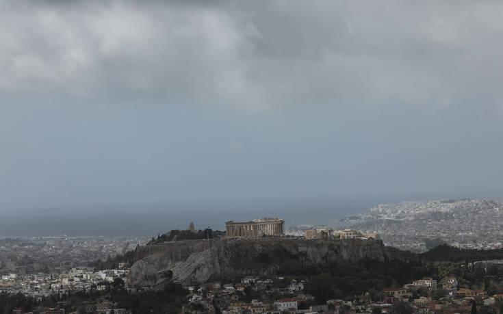 Καιρός: Άνοδος της θερμοκρασίας, πού θα πέσουν βροχές και καταιγίδες