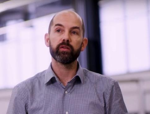 Ο Έλληνας σχεδιαστής, Γιώργος Σαριδάκης, μιλά για τον σχεδιασμό του νέου Ford Puma