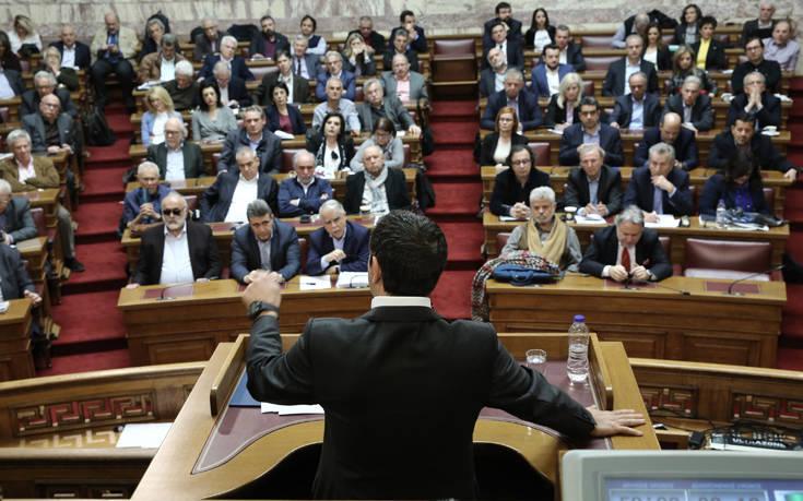 Κεκλεισμένων των θυρών συνεδρίαση στον ΣΥΡΙΖΑ για τους βουλευτές που δεν δίνουν μέρος του μισθού στο κόμμα