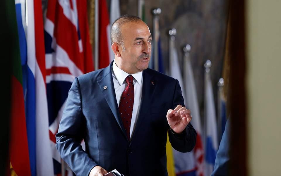 Τσαβούσογλου: Εξωφρενική η απέλαση του πρέσβη της Λιβύης