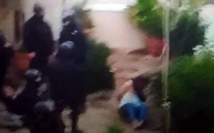 Κουκάκι: Τι λέει η ΕΛ.ΑΣ. για την καταγγελία περί αστυνομικής βίας