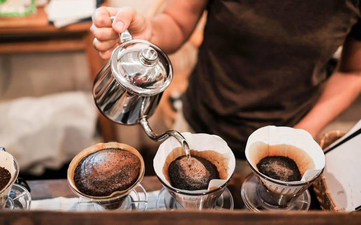 Ποια είναι η σωστή αναλογία καφέ και νερού