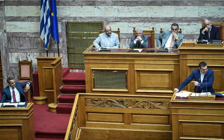 Ψήφος αποδήμων: Με παρεμβάσεις πολιτικών αρχηγών ολοκληρώνεται η ψήφιση του νομοσχεδίου