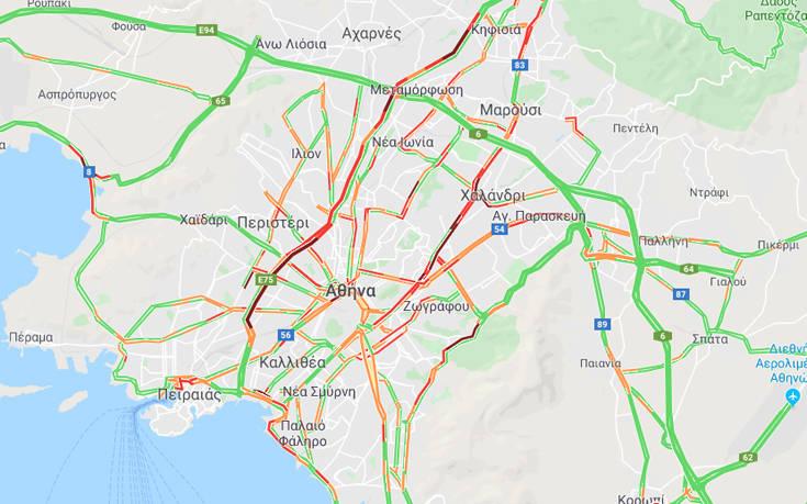 Στο «κόκκινο» η κίνηση: Προβλήματα στους δρόμους της Αθήνας