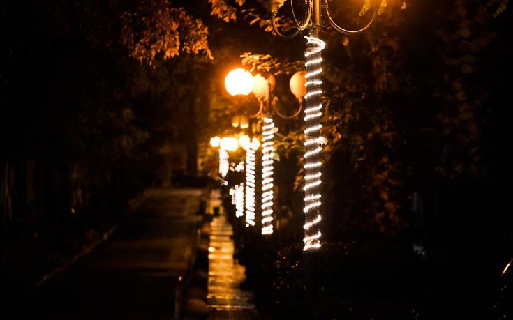 Κώστας Μπακογιάννης: Η Αθήνα λάμπει όσο ποτέ στο παρελθόν αυτές τις γιορτές