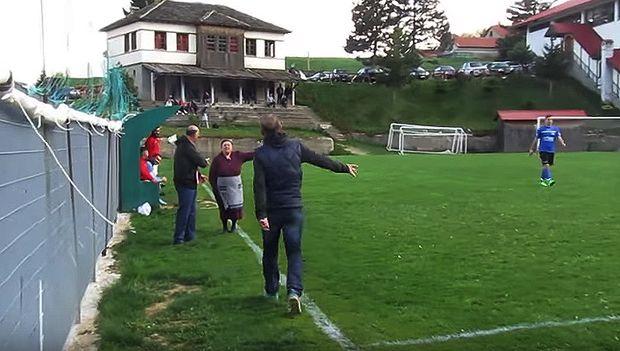 Γιαγιά στο Μέτσοβο μπούκαρε μέσα σε γήπεδο γιατί την ενοχλούσε η φασαρία