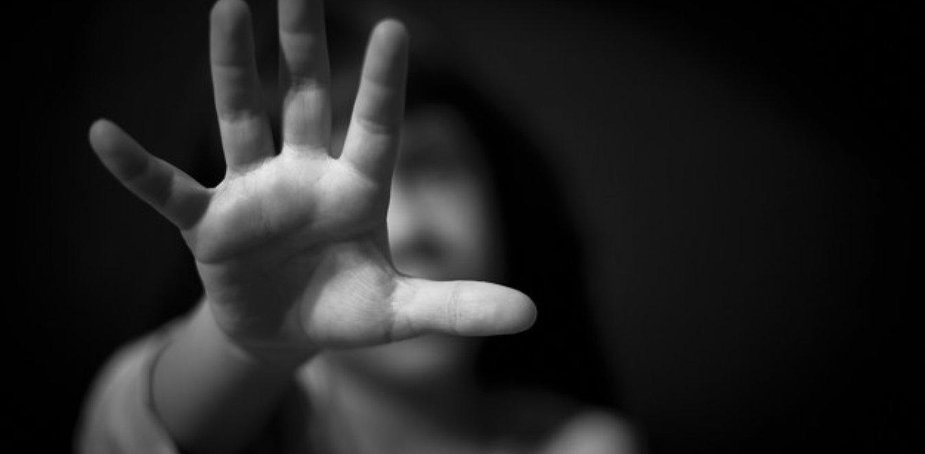 Κρήτη: Πατέρας κακοποιούσε επί 15 χρόνια την κόρη του