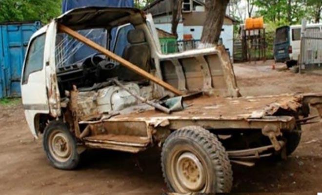 Πουλάει το φορτηγάκι του και το μόνο που θέλει είναι ένα εξωτερικό μαζεματάκι!