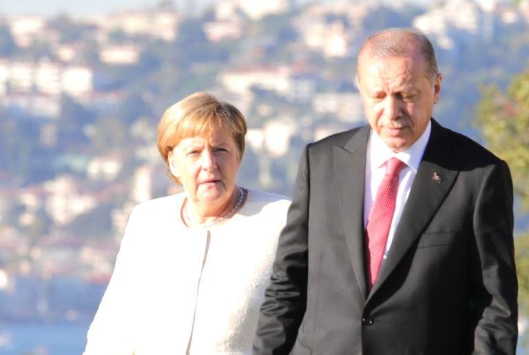 Συνάντηση Μέρκελ με Ερντογάν στην Κωνσταντινούπολη