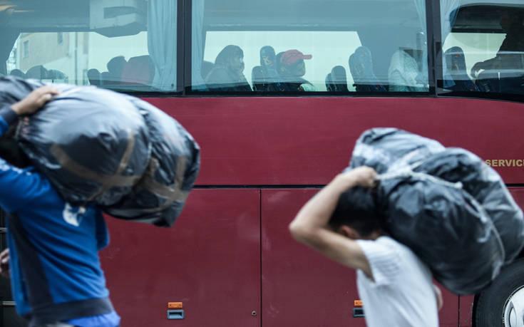 Στη Σερβία μεταφέρονται περίπου 100 ασυνόδευτα προσφυγόπουλα