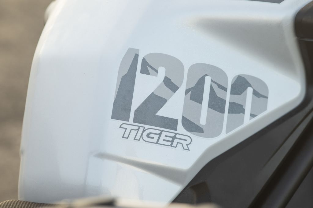 Triumph: TIGER 1200 DESERT και ALPINE SPECIAL EDITIONS 2020