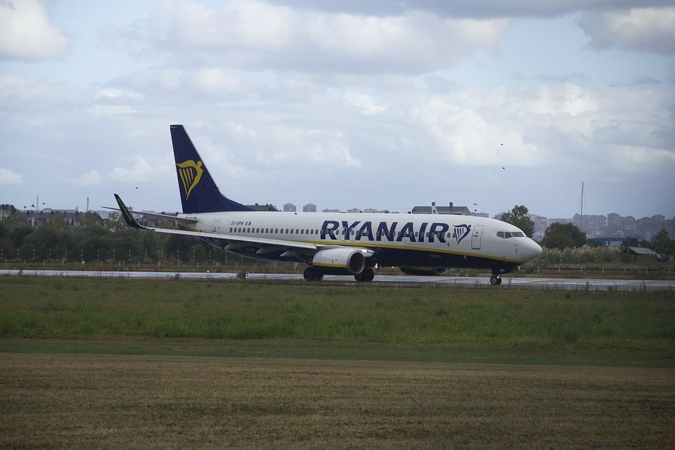 Θεσσαλονίκη: Επιβάτης κάπνιζε μέσα στην τουαλέτα του αεροσκάφους επειδή είχε άγχος