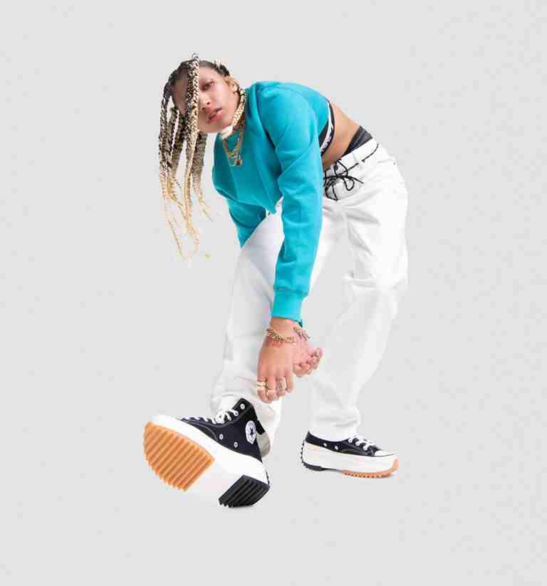 Αυτά τα νέα αθλητικά παπούτσια ορίζουν με τον δικό τους τρόπο το σύγχρονο street style