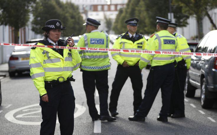 Μεγάλη Βρετανία: Απομονώνει όποιον είχε ταξιδέψει στην Ουχάν λόγω του κοροναϊού