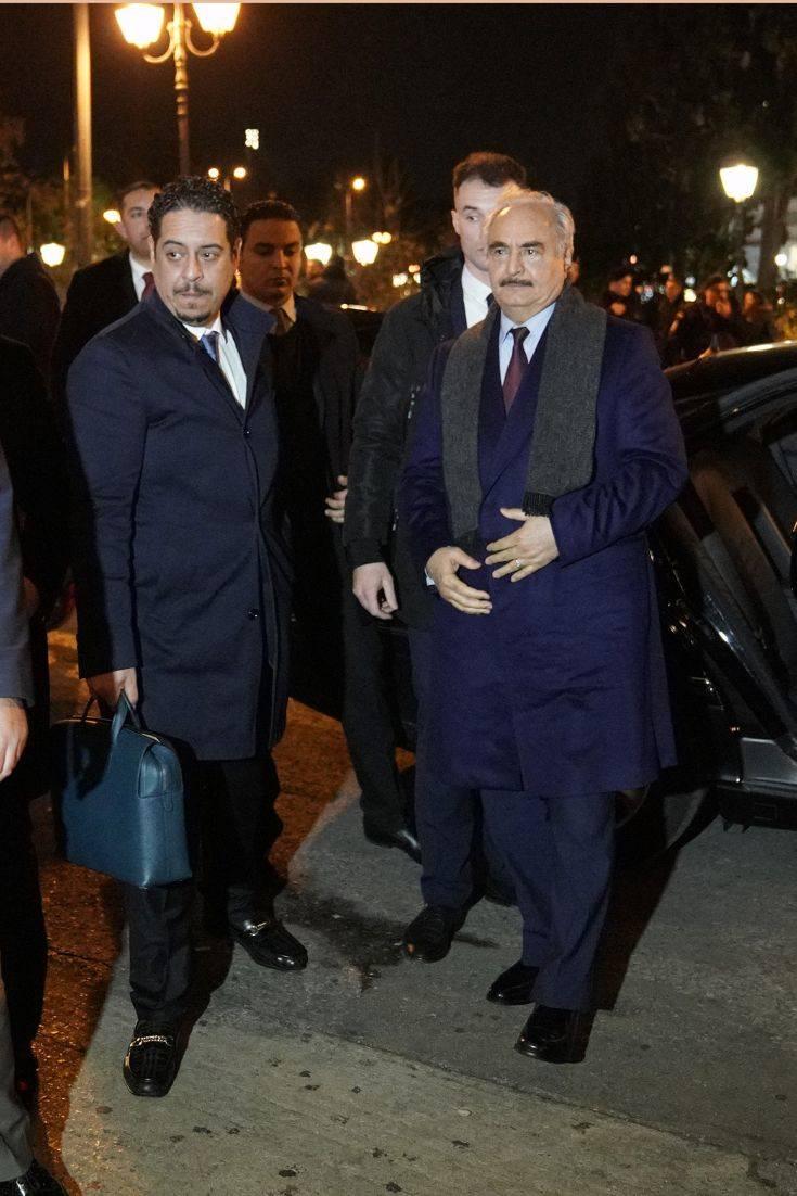 Στην Αθήνα ο Χαλίφα Χαφτάρ: Το παρασκήνιο και οι συναντήσεις του Λίβυου στρατάρχη