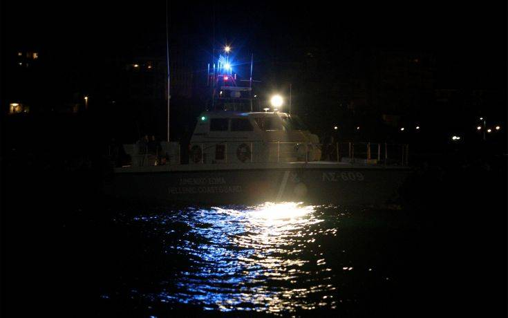 Άκαρπες οι έρευνες για τον εντοπισμό μεταναστών στο ναυάγιο νοτιοδυτικά των Παξών