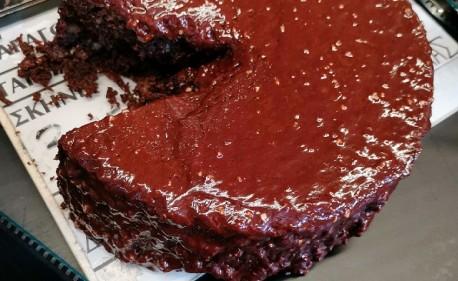 Η 7η τέχνη συναντά την τέχνη της ζαχαροπλαστικής στις «Γλυκές Αλχημείες» (trailer)