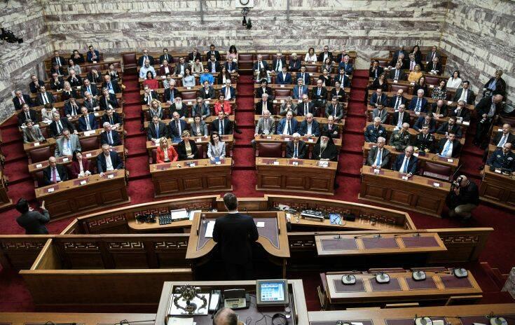 Ελλάδα 2021: Διευρύνθηκε η Επιτροπή με απόφαση Μητσοτάκη – Ποια είναι τα νέα μέλη