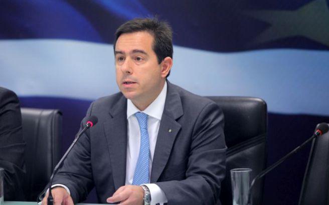 Μηταράκης: Προτεραιότητα της κυβέρνησης η αποσυμφόρηση των νησιών