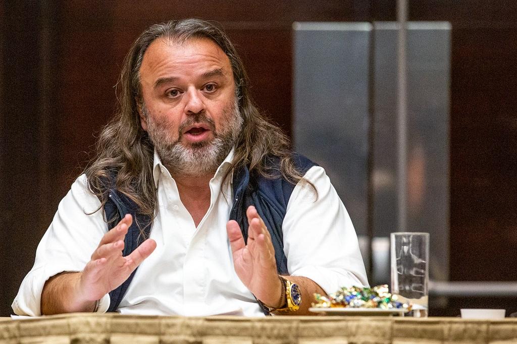 Μάριος Ηλιόπουλος:Το πλοίο που μπάζει νεράθέλει καλό καπετάνιο για να μην βυθιστεί