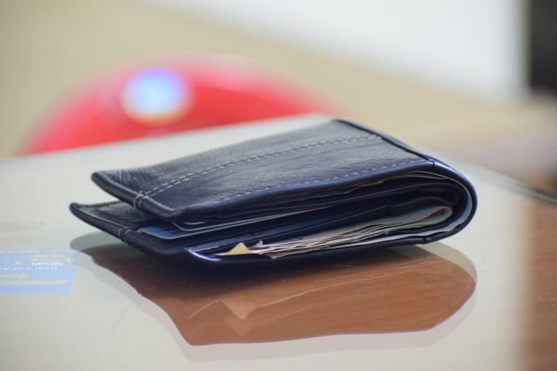 Αιτωλικό: Βρήκε πορτοφόλι με 1.000 ευρώ και το παρέδωσε