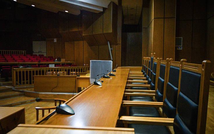 Κορονοϊός: Ανάγκη παροχής μέσων προστασίας κατά του ιού σε όλα τα δικαστήρια