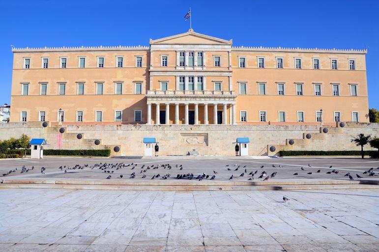 Κορωνοϊός: Μέχρι 20 βουλευτές θα συζητούν τα νομοσχέδια στη Βουλή