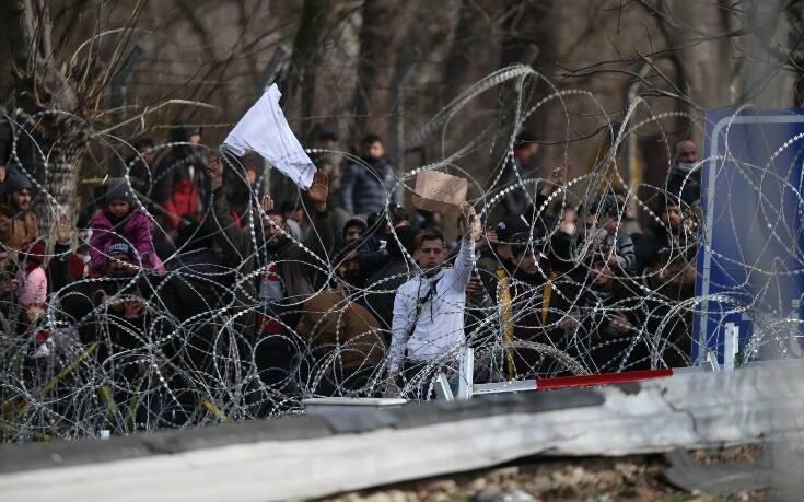 Κυβερνητικές πηγές: Από τις 6 το πρωί έχει αποτραπεί η είσοδος σε 1.500 μετανάστες στον Έβρο
