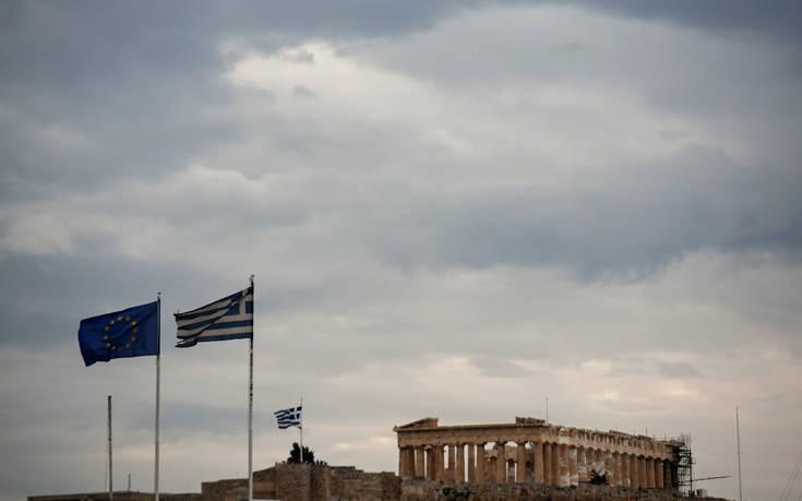 Σύσκεψη υπό την Λίνα Μενδώνη για την αναβάθμιση του αρχαιολογικού χώρου της Ακρόπολης