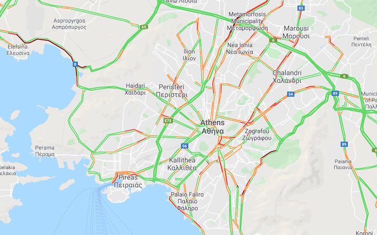 Αυξημένη κίνηση τώρα στην εθνική οδό Αθηνών – Κορίνθου μετά από καραμπόλα 3 οχημάτων