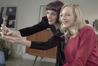 Η Φαίη Ξυλά και η Ανδριάνα Μπάμπαλη αναζητούν το δικό τους «Σημείο Συνάντησης» (trailer)