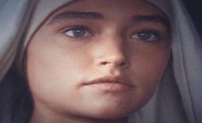 Ιησούς από τη Ναζαρέτ: Η τηλεοπτική Παναγία έκανε δύο συγκινητικά posts