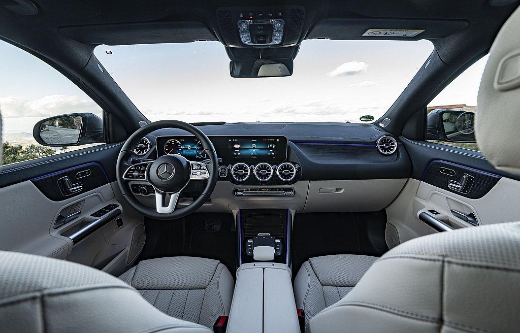 Mercedes-Benz GLA:Ο «βασιλιάς»στη μεσαία κατηγορία των premium SUV