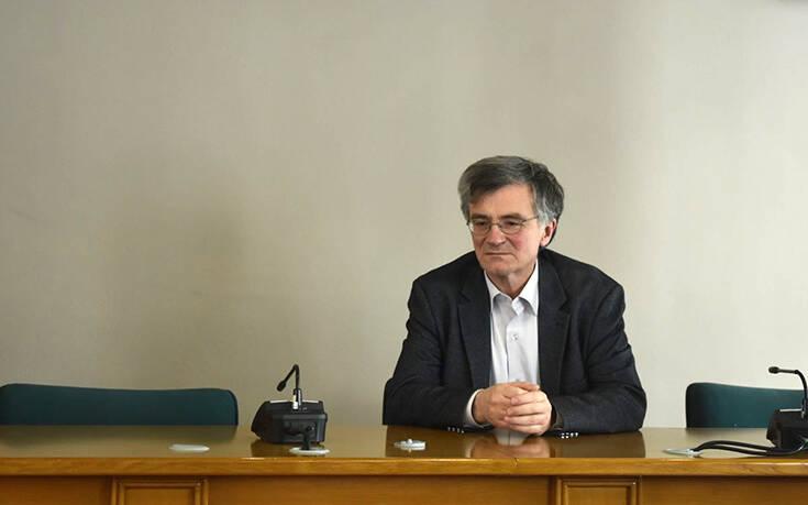 Στη Λάρισα έφτασαν Χαρδαλιάς – Τσιόδρας: Σε εξέλιξη η σύσκεψη στην Περιφέρεια